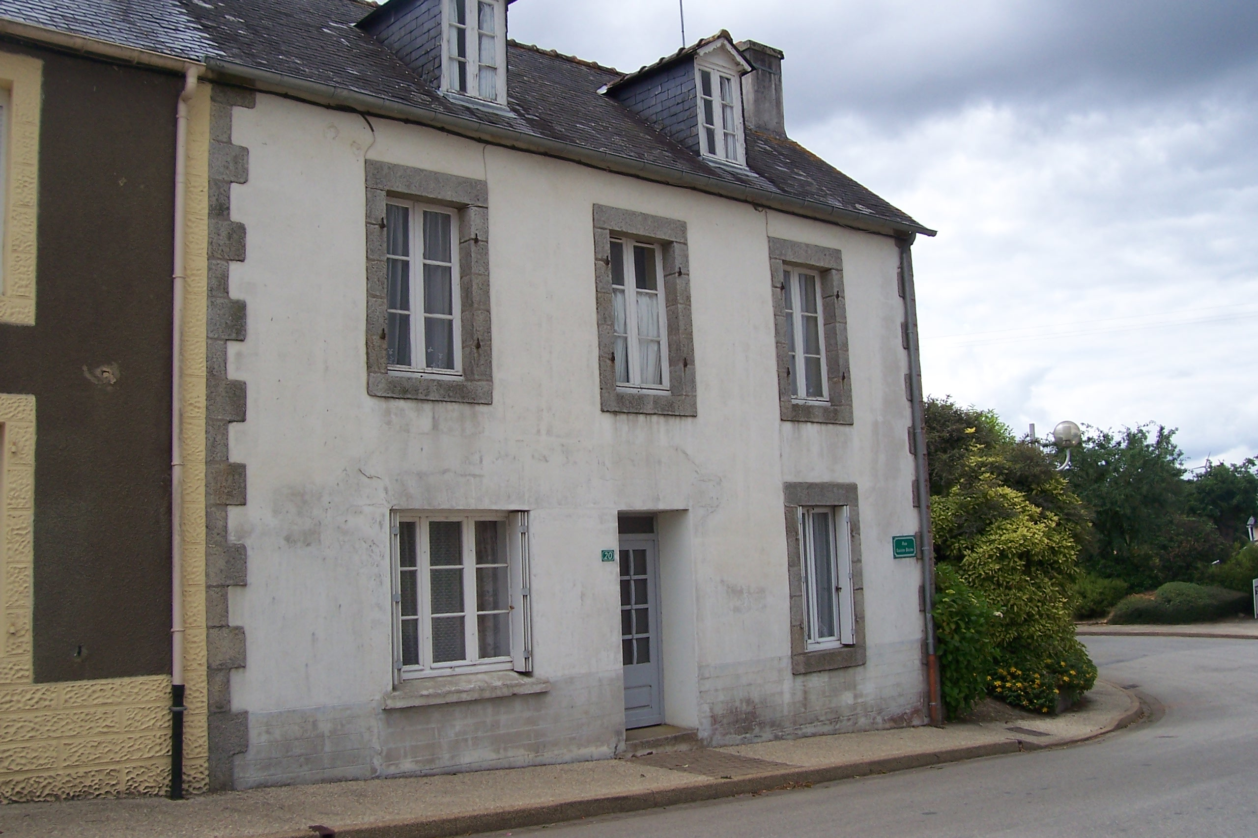 brittany-property-for-sale-M775-2914208-01