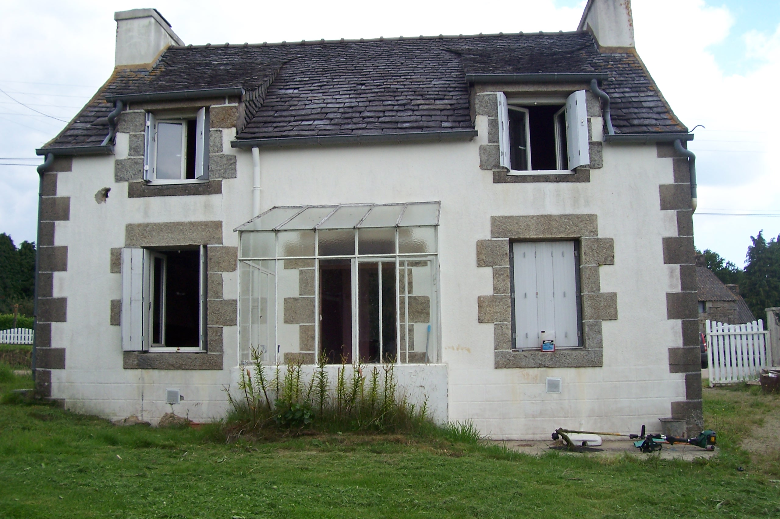 brittany-property-for-sale-M811-22914151-01